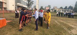 Vice Chairman greeting Players
